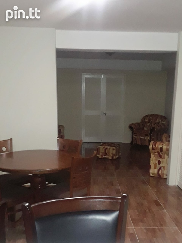 Roommate for fully furnished townhouse-4