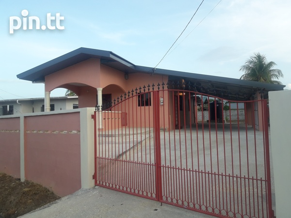 Make this 2 Bedroom House your Home-1