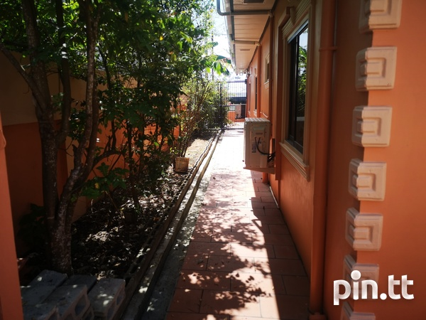 Lovely 3 bedroom home in peaceful residential Cunupia-13