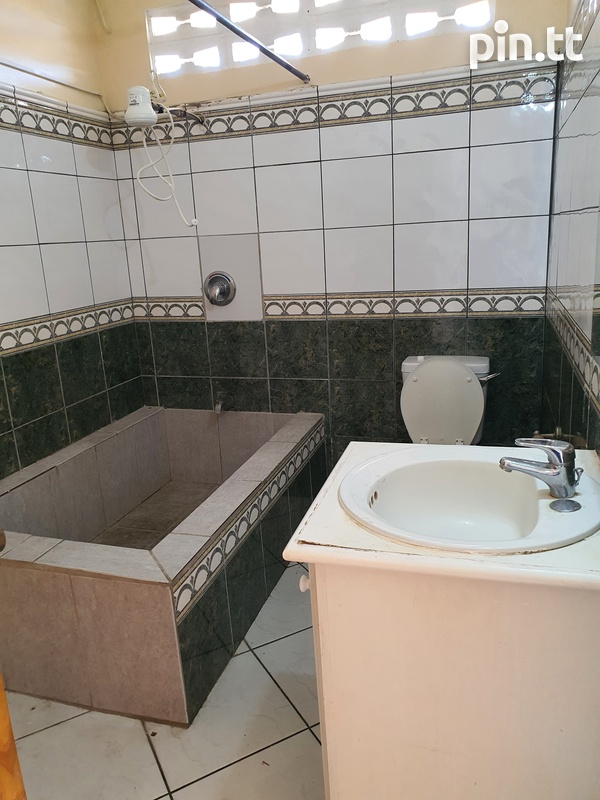 Curepe 2 Bedroom House-12