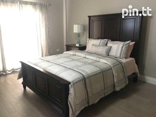 3 Bedroom Fully Furnished Townhouse-8