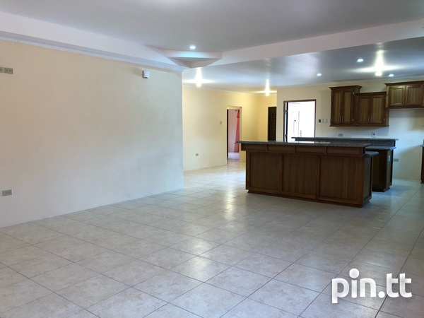 Move in Ready Central Home with 3 bedrooms-8