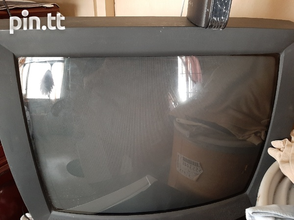 Tvs and dvd player-3