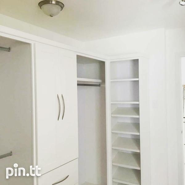 MONTROSE PLACE 3 BEDROOM TOWNHOUSE-6
