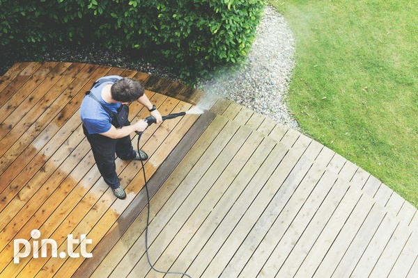 Powerful Power washer for temporaray use in exchange for payment.-1