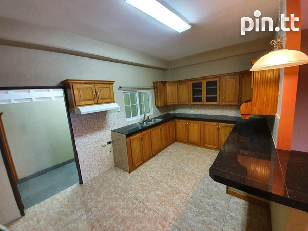Beautiful 2 Bedroom Townhouse in St. Helena-2