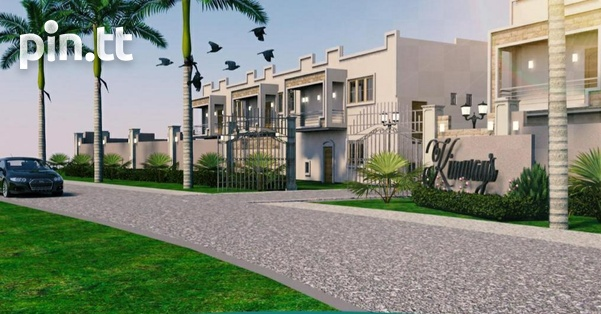 Luxurious 3 bedroom South homes in gated community.-4