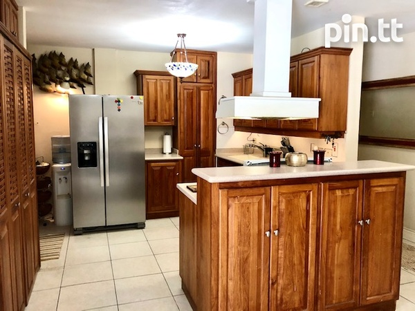 West View Heights 3 bedroom apartment-14