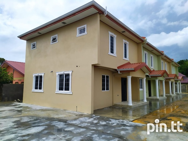 Arima 3 Bedroom Townhouse