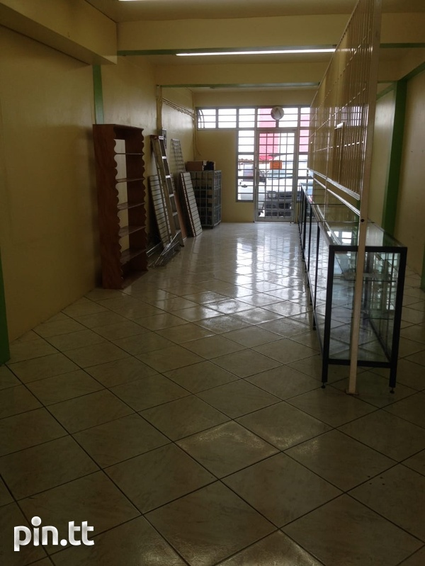 Business Space In Marabella-2
