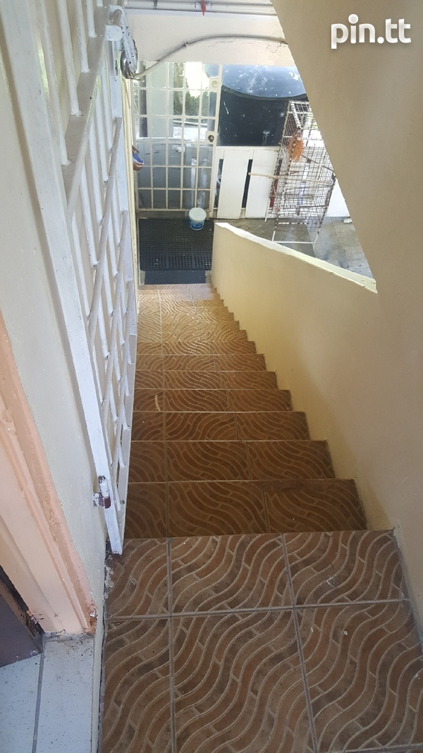 1 BEDROOM FULLY FURNISHED APARTMENT ARIMA UTILITIES,CABLE,WIFI INCLUDE-1