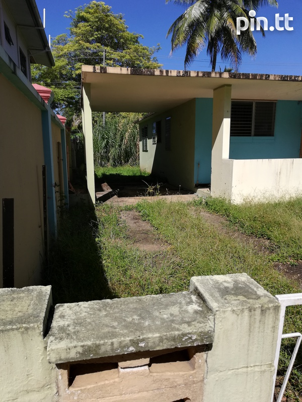 Diamond Vale Property with 3 bedrooms-5
