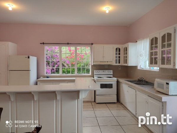 Spacious 2 bedroom apartment in Champ Fleurs-2