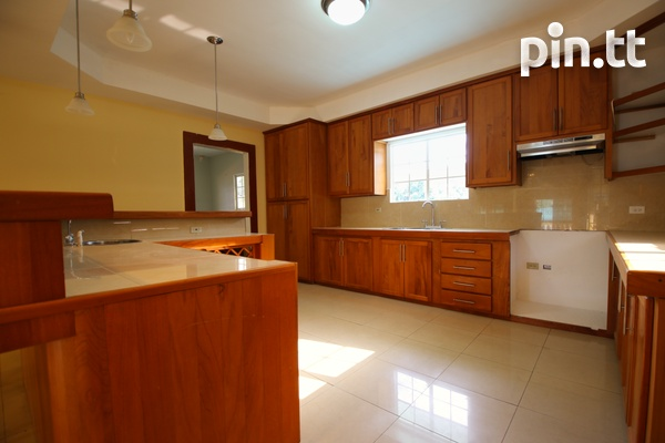 3 Bedroom Upstairs Apartment-10