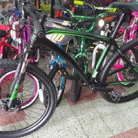 27.5 carbon fiber bicycle equipped with shimano parts