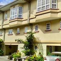 3 Bedroom Townhouse Furnished - Cascade