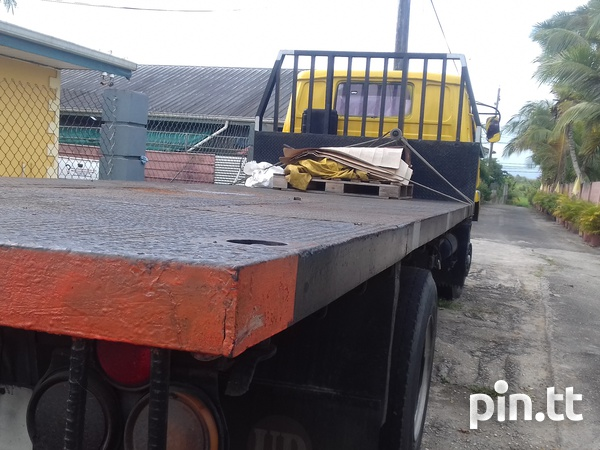 FLATBED TRUCK-4