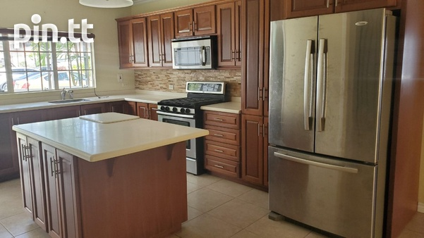 4 BEDROOM TOWNHOUSE DIEGO MARTIN-1