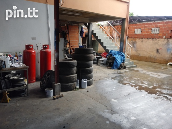 Well equipped Circular rd Belmont tyre shop-5