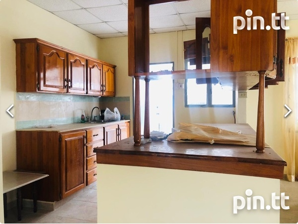 St. Clair, Trincity house with 3 bedrooms-4