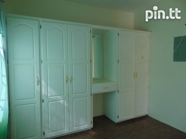 CASCADE UNFURNISHED 2 BEDROOM APARTMENT-5