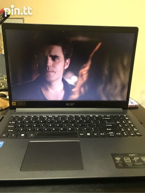 Acer Laptop with charger-5