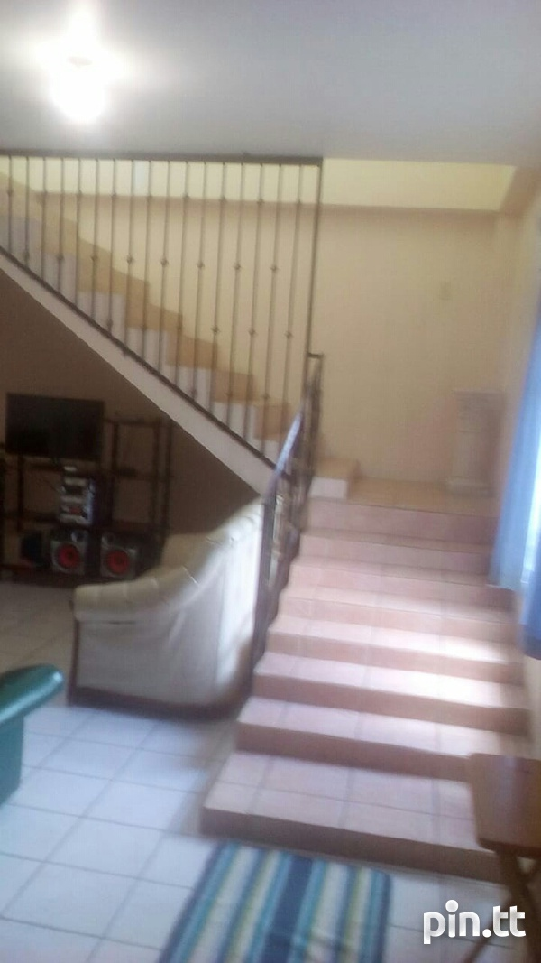 Arima house with 4 bedrooms-4