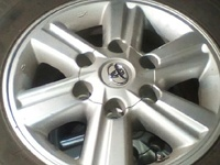 toyota hilux rims an tire