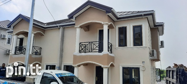 Parkview 3 Bedrooms Homes Gated Community-5