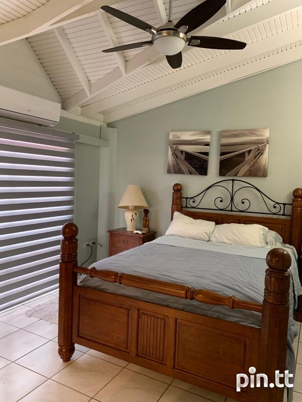 Fully Furnished Strafford Court 3 Bedroom Townhouse-3