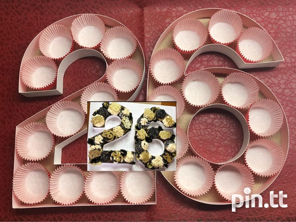 Easter Cupcake/ Treat Boxes-5