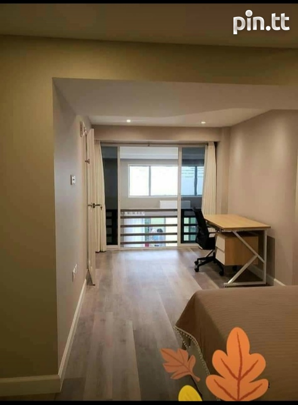 One Woodbrook Place. 2 Master Bedroom. Executive Apartment.-9