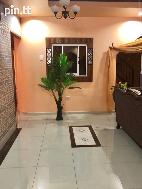 Holiday / Business Executive Rental with 8 bedrooms-6