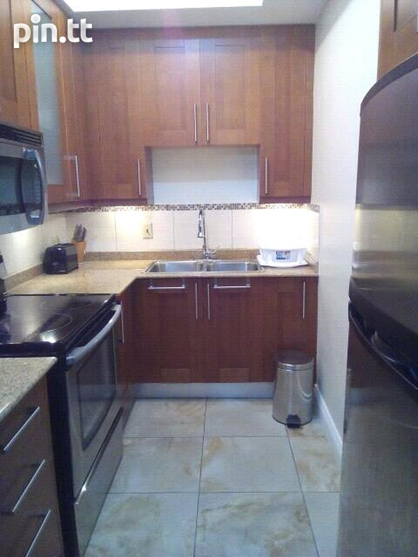 One bedroom apt at One Woodbrook Place-6