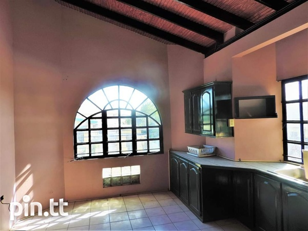 Spacious 1 Bedroom Unfurnished Apartment El Socorro For Single Person-4