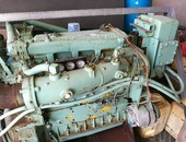Two marine engines with or without twin disc transmission