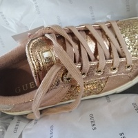 Brand new guess shoe size 8m