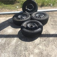 15 Inch 5 Hole Rim And Tyres