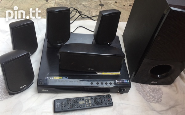 LG HOME THEATRE SYSTEM-1
