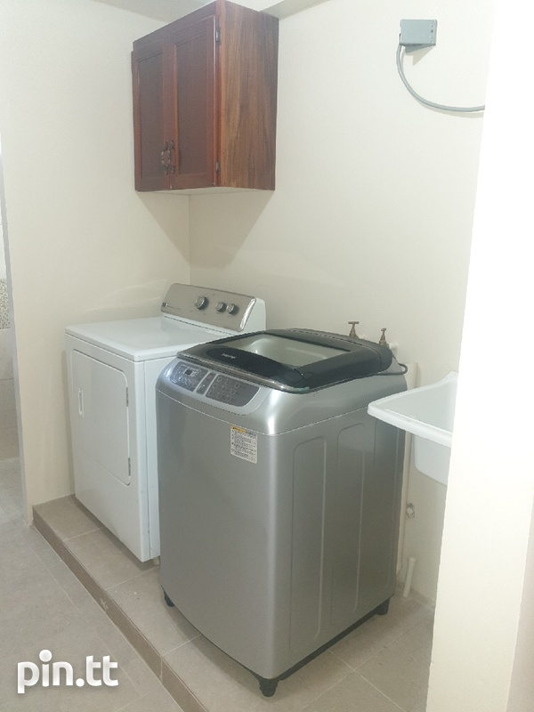 1 Bedroom Fully Furnished Belmont Apartment-7