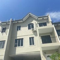 Hillcrest Manor Townhouse with 3 Bedrooms