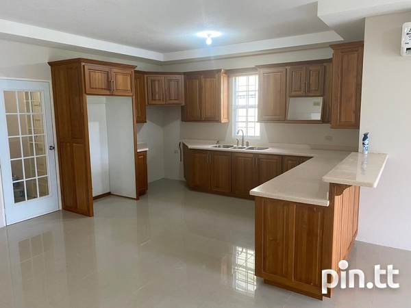 Savannah Court Freeport- 3 Bedroom House in a Gated Community-4
