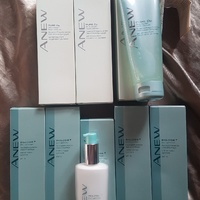 NEW ANEW FACIAL CLEANSER+ AVON - IDEAL GIFT