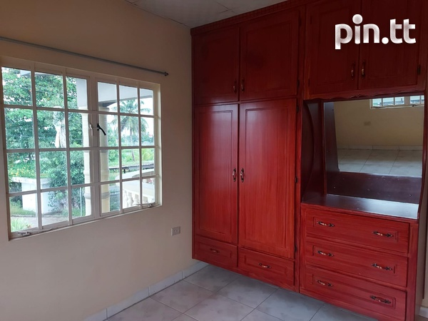 3 Bedroom Apt Next to Cheif Brand, Charliville-11