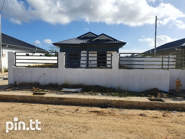 The Carlsen 3 Bedroom House-2