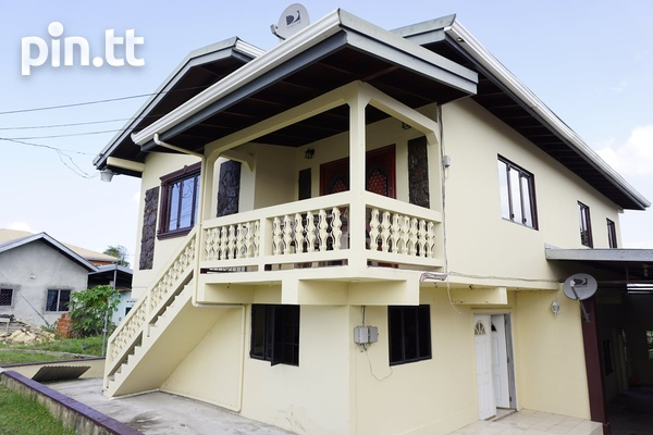 INVESTMENT PROPERTY APARTMENT BUILDING-3