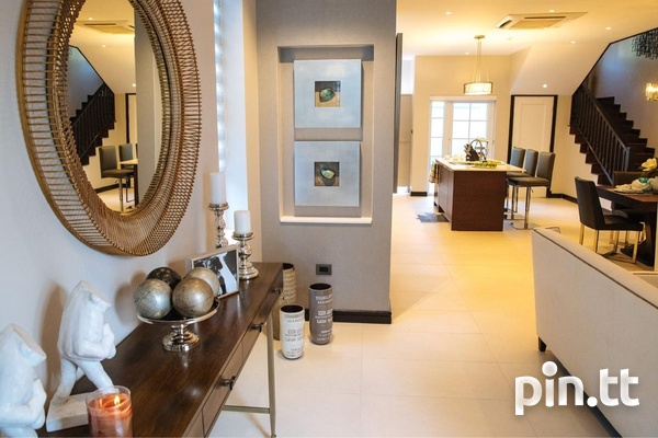 Luxury Townhouses At Château De Chantilly Early Maraval-7