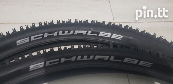 Mountain bike tyres-1