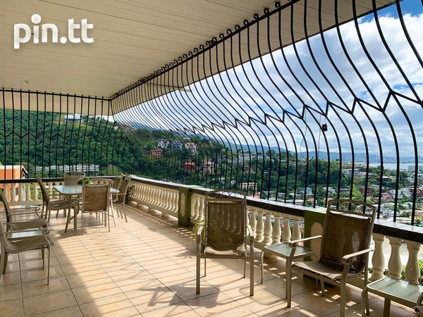 2 BEDROOM APT THE PARK GLENCOE-7
