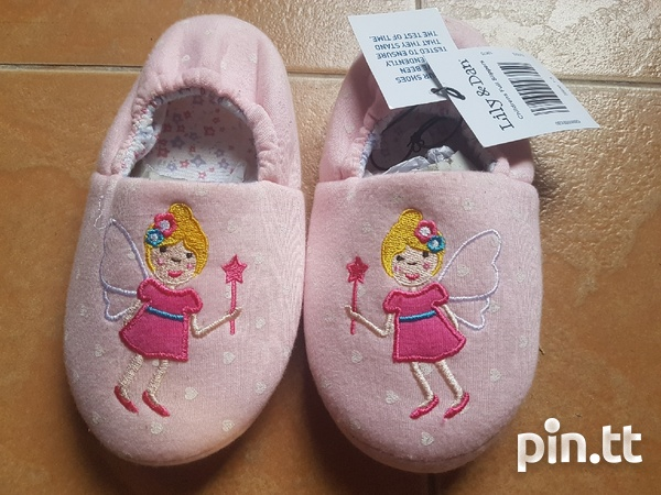 NEW KIDS HOME SLIPPERS - IDEAL GIFT-2